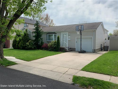 Photo of 236 Pacific Avenue, Staten Island, NY 10312 (MLS # 1146025)
