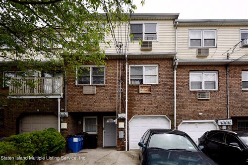 Photo of 36 Oakville Street, Staten Island, NY 10314 (MLS # 1146027)