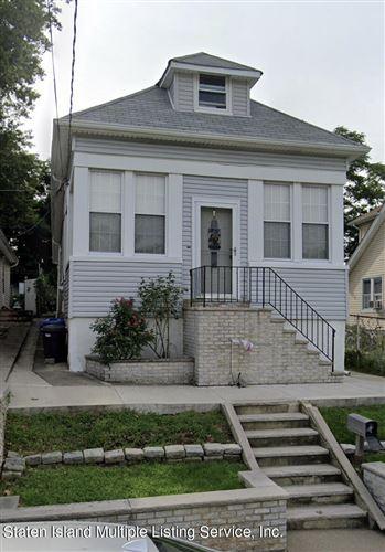 Photo of 28 Presley Street, Staten Island, NY 10308 (MLS # 1144039)