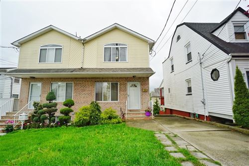 Photo of 62 Evelyn Place, Staten Island, NY 10305 (MLS # 1146052)