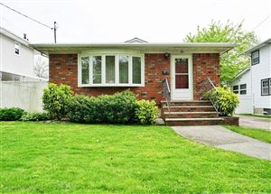 Photo of 59 Orchard S Lane, Staten Island, NY 10312 (MLS # 1129055)