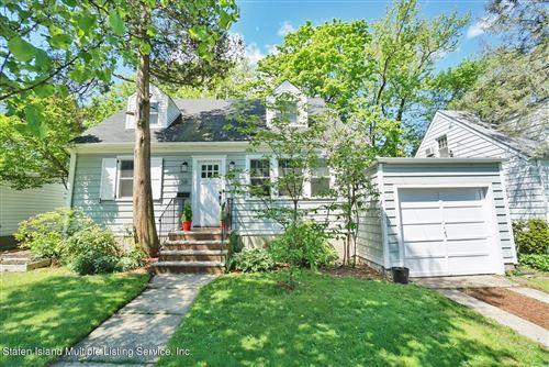 Photo of 38 Hartford Avenue, Staten Island, NY 10310 (MLS # 1146063)