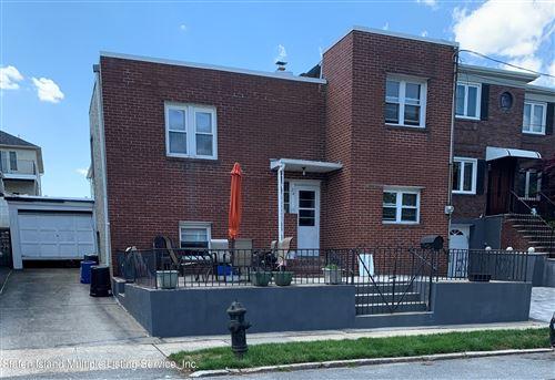Photo of 24 Oneida Avenue, Staten Island, NY 10301 (MLS # 1146066)