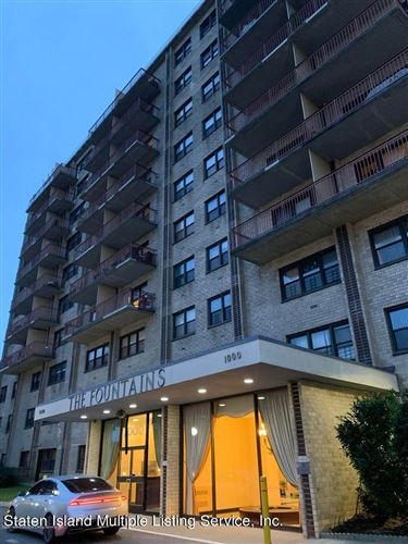 Photo of 1000 Clove Rd 4h #4h, Staten Island, NY 10301 (MLS # 1143067)