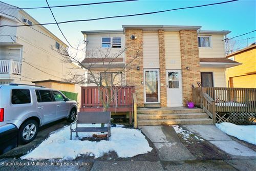 Photo of 117 Washington Avenue, Staten Island, NY 10314 (MLS # 1144067)