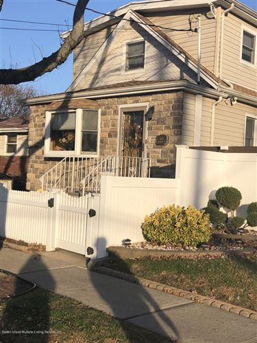 Photo of 108 Macormac Place, Staten Island, NY 10303 (MLS # 1134088)