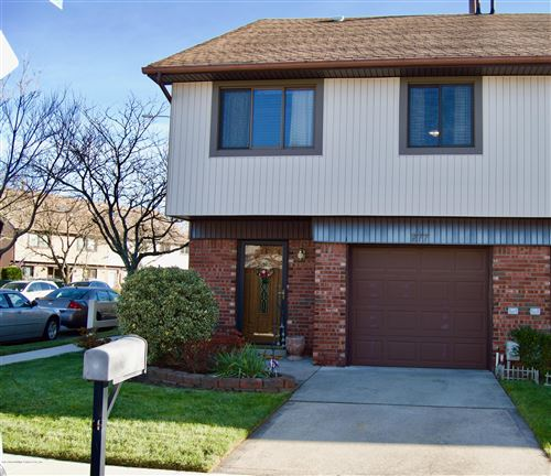Photo of 277 Rolling Hill Green, Staten Island, NY 10312 (MLS # 1134092)