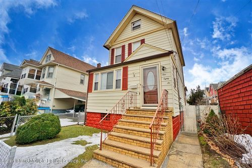 Photo of 186 Hatfield Place, Staten Island, NY 10302 (MLS # 1144096)