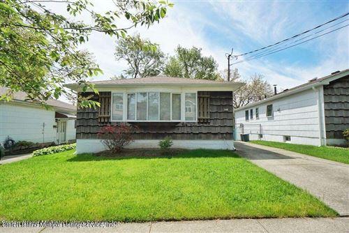 Photo of 546 Wilson Avenue, Staten Island, NY 10312 (MLS # 1146124)