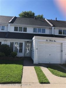 Photo of 232 Dover Green, Staten Island, NY 10312 (MLS # 1130127)