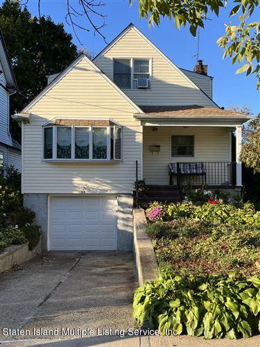 Photo of 11 Elwood Place, Staten Island, NY 10301 (MLS # 1150130)