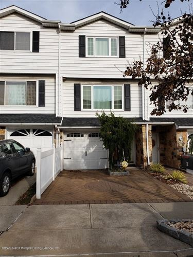 Photo of 7a Carlyle Green, Staten Island, NY 10312 (MLS # 1134131)