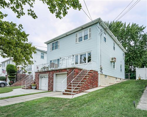 Photo of 189 Tysens Lane, Staten Island, NY 10306 (MLS # 1139137)
