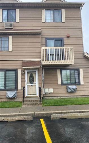 Photo of 19 Gardenia Lane, Staten Island, NY 10314 (MLS # 1146144)