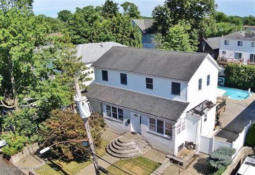 Photo of 10 Arkansas Avenue, Staten Island, NY 10308 (MLS # 1138146)