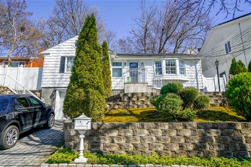 Photo of 145 Rugby Avenue, Staten Island, NY 10301 (MLS # 1137162)
