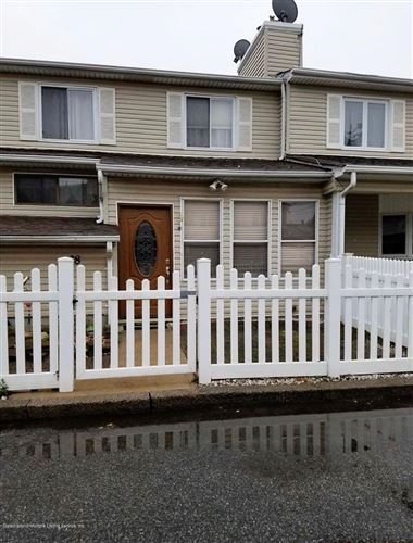 Photo of 38 Leo #32 Street, Staten Island, NY 10314 (MLS # 1137167)