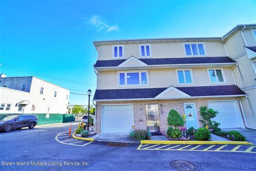 Photo of 10 Seagate Court, Staten Island, NY 10305 (MLS # 1150167)