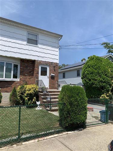 Photo of 45 Roma Avenue, Staten Island, NY 10306 (MLS # 1138173)
