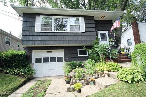 Photo of 285 Ashland Avenue, Staten Island, NY 10309 (MLS # 1139179)