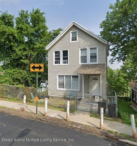 Photo of 15 Fillmore Street, Staten Island, NY 10301 (MLS # 1148183)