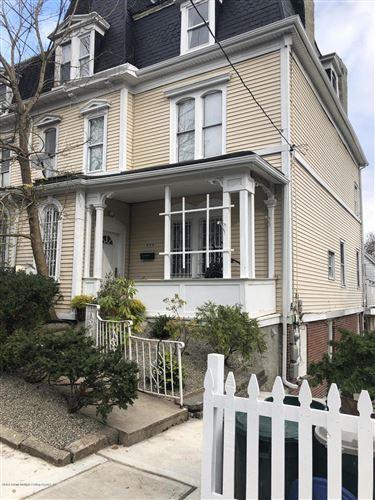Photo of 375 Westervelt Avenue, Staten Island, NY 10301 (MLS # 1142213)