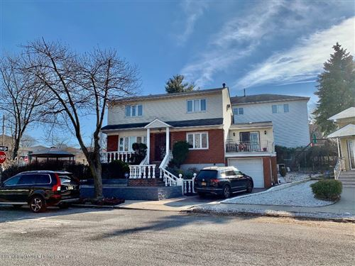 Photo of 234 Todt Hill Road, Staten Island, NY 10314 (MLS # 1135223)