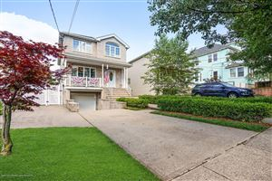 Photo of 131 Wood Avenue, Staten Island, NY 10307 (MLS # 1130224)