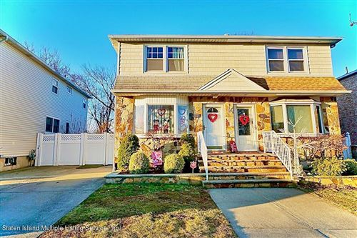 Photo of 106 Tanglewood Drive, Staten Island, NY 10308 (MLS # 1143234)