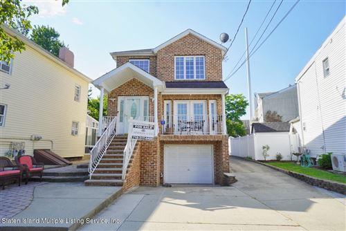 Photo of 410 Craig Avenue, Staten Island, NY 10307 (MLS # 1150235)