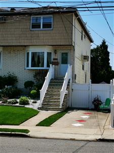 Photo of 536 Naughton Avenue, Staten Island, NY 10305 (MLS # 1129236)