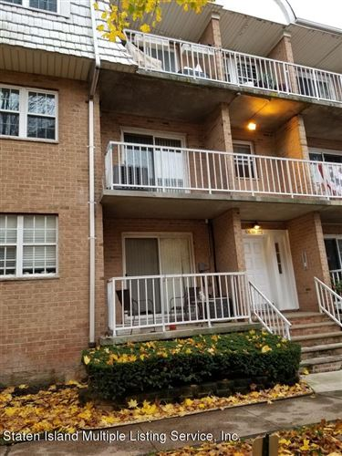 Photo of 85a Elmwood Park 17 Drive #17, Staten Island, NY 10314 (MLS # 1143249)