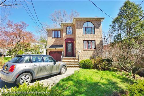 Photo of 655 Steuben Street, Staten Island, NY 10305 (MLS # 1145254)