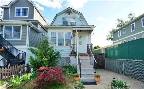 Photo of 196 Wiman Avenue, Staten Island, NY 10308 (MLS # 1137260)