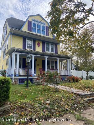 Photo of 42 Hopping Avenue, Staten Island, NY 10307 (MLS # 1142264)