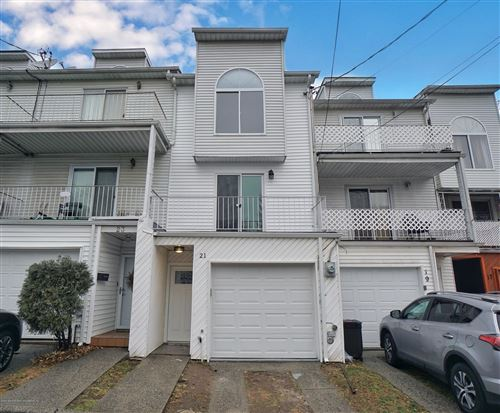 Photo of 21 Gail Court, Staten Island, NY 10306 (MLS # 1134273)