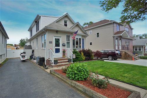 Photo of 149 Hamden Avenue, Staten Island, NY 10306 (MLS # 1137278)