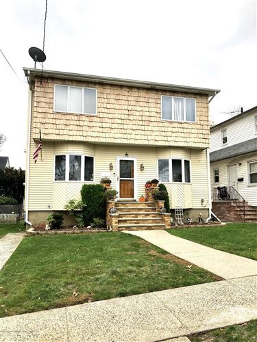 Photo of 8 Atlantic Avenue, Staten Island, NY 10304 (MLS # 1142280)