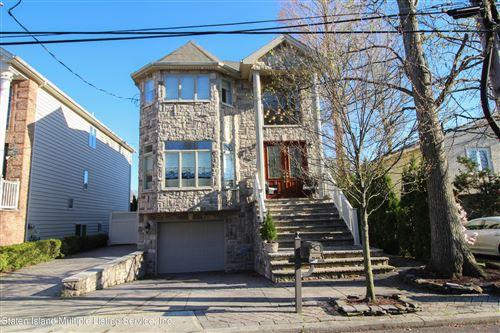Photo of 848 Ionia Avenue, Staten Island, NY 10309 (MLS # 1145282)