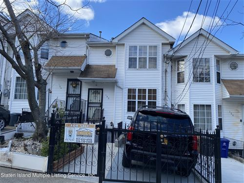 Photo of 102 Pendleton Place, Staten Island, NY 10301 (MLS # 1143291)