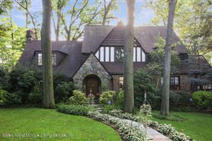 Photo of 16 Lynnhaven Place, Staten Island, NY 10310 (MLS # 1124294)