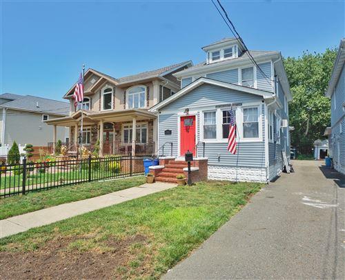 Photo of 241 Wood Avenue, Staten Island, NY 10307 (MLS # 1138298)