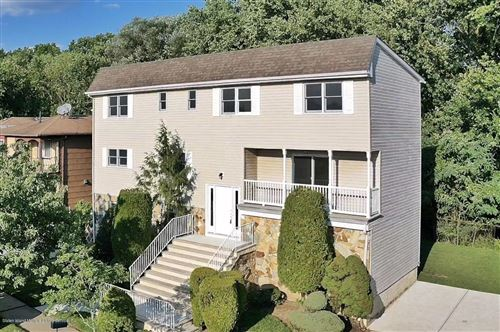 Photo of 87 Goller Place, Staten Island, NY 10314 (MLS # 1139302)
