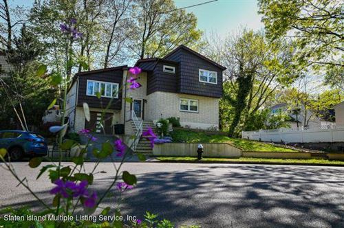 Photo of 100 Meadow Avenue, Staten Island, NY 10304 (MLS # 1137303)