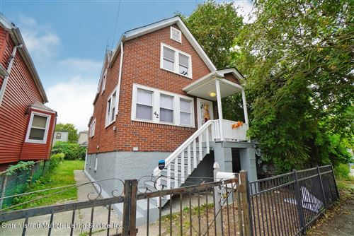 Photo of 42 Roff Street, Staten Island, NY 10304 (MLS # 1149308)