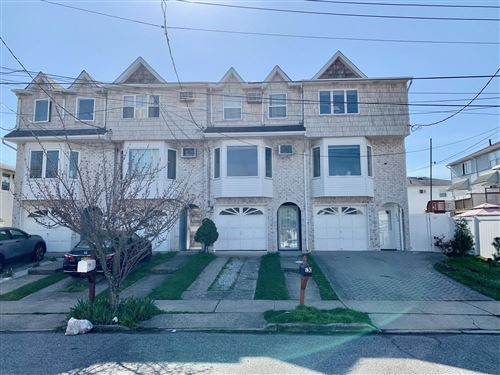Photo of 530 Nugent Avenue, Staten Island, NY 10305 (MLS # 1145311)