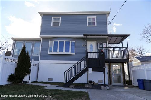 Photo of 536 Oak Avenue, Staten Island, NY 10306 (MLS # 1143313)