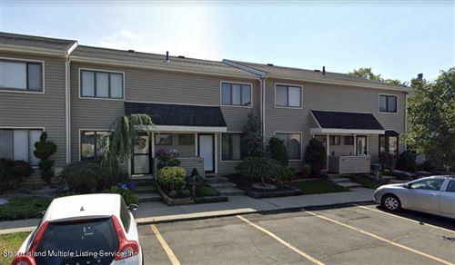 Photo of 20 Larch 552 Court #552, Staten Island, NY 10309 (MLS # 1143314)