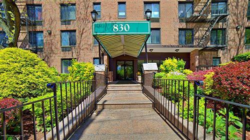Photo of 830 Howard 2j Avenue #2j, Staten Island, NY 10301 (MLS # 1137317)
