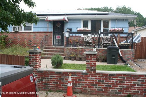 Photo of 53 Macormac Place, Staten Island, NY 10303 (MLS # 1149320)
